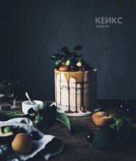 Вкусный торт с ягодами Фото