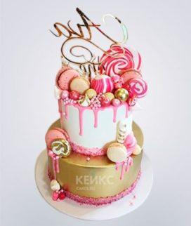 Торт двужэтажный со сладостями Фото