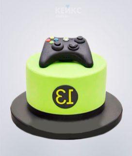 Зеленый торт с игровым джойстиком Фото