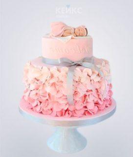 Розовый торт с цветами Фото