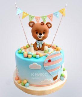 Торт с воздушным шаром и медведем Фото