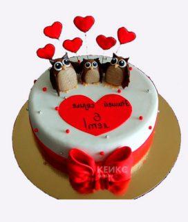 Милый торт с совушками и сердечками Фото