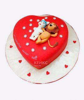 Торт красной сердце с влюбленными Фото