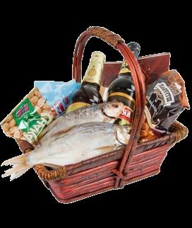 Корзина с рыбой Фото