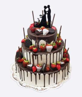 Трехъярусный свадебный торт без мастики 3 Фото