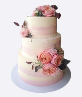 Трехъярусный свадебный торт без мастики 5 Фото