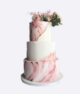 Свадебный трехъярусный свадебный торт с мастикой 6 Фото